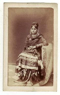 Lucknow dancing girl, 1870, photo by Daroghah Abbas Ali  http://www.columbia.edu/itc/mealac/pritchett/00routesdata/1800_1899/women/nautchphotos/lucknow1870.jpg