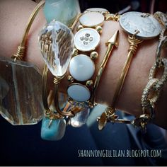 Fashionable, Fit, & Fabulous: How To: Arm Party! #fashion #trend #style #accessories #doyoubangle #fashionablefitfabulous #armparty