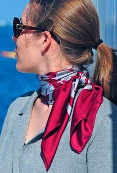Nice silk scarf-- want collection of silk scarves Red Scarves, How To Wear Scarves, Silk Scarves, Fashion Mode, Look Fashion, Comment Porter Un Bandana, Silk Neck Scarf, Chiffon Scarf, Scarf Styles