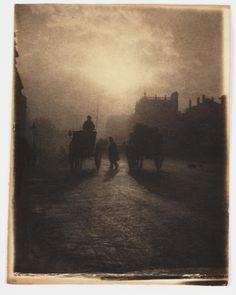 A platinum print photograph entitled 'Hansom Cab in Trafalgar Square', by W J Warren, c. 1898.