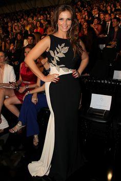 Portuguese TV Presenter, Cristina Ferreira in a gown from Pronovias Cocktail 2017 Collection.