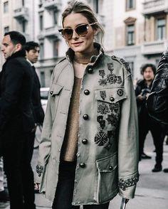 "136 Likes, 2 Comments - Style It Up News (@styleitup.news) on Instagram: ""NOVO POST  www.styleitup.com ✨ inspiração de streetstyle da Milan Fashion Week  #mfw…"""