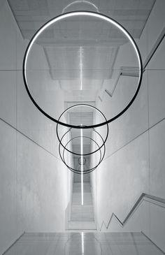 amazing conceptual architectual art installation Olafur Eliasson - Gravity Stairs, 2014 Leeum, Samsung Museum of Art, Seoul Land Art, Stair Art, Tachisme, Olafur Eliasson, Circle Art, Light And Space, Light Installation, Light Art, Light And Shadow