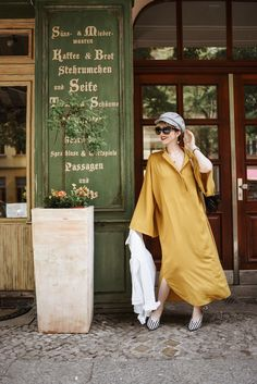 outfit: Sommer in Berlin Berlin, German Fashion, Trends, Lifestyle Blog, Inspiration, Retro, Outfits, Vintage, Yellow