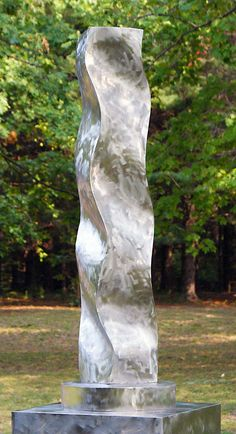 Wavy Column, Palos Heights Sculpture Garden, Illinois