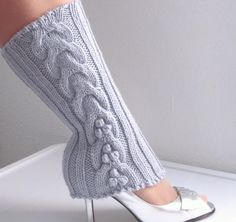 Wool Cabled Knitted Leg-warmers - 2 colors - Lavender Gray and Black - Ready to Ship Wool Socks, Women's Socks, Knee Socks, Shiny Shoes, Ugly Shoes, Style And Grace, My Style, Shades Of Purple, Purple Haze