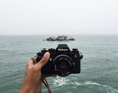It's the start of another working week and it can be difficult to resist planning your next escape. This mighty Nikon F3 from @keanubanayat and a view of the Pacific Ocean at Lands End seems pretty good to me.  #cameracult #nikon #nikonf3 #slr #filmcamera #35mmfilm #cameraporn #pacificocean #landsend #escape #analog #shootfilm #filmisnotdead