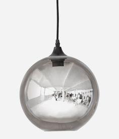 Suspension Circle / Ø 24 cm - Verre miroir - House Doctor Modern Pendant Light, Glass Pendant Light, Glass Pendants, Pendant Lamp, Pendant Lighting, House Doctor, Heide Park, Circle House, Decoration Originale
