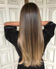 """6,439 curtidas, 63 comentários - TRUSS HAIR (@trusshair) no Instagram: """"Se for pra não causar a gente nem posta. Com #8XPowderTRUSS para proteger e #AirLibreTRUSS para…"""" balayage // ombre // long hair"""