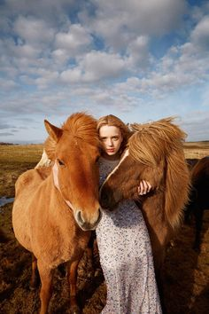 Ryan McGinley captures Flair Magazine's December 2014 cover story starring top models Meghan Collison and Esmeralda Seay-Reynolds styled by Sissy Vian. Equine Photography, Outdoor Photography, Editorial Photography, Portrait Photography, Fashion Photography, Icelandic Horse, Horse Fashion, Horse Girl, Equestrian Style