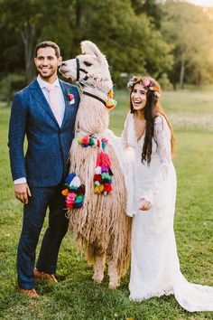 It's and we're all about the llama drama. So is Marisa + Sam it would seem! Their vibrant DIY wedding was chock full of fun boho details that tied together both Jewish and Indian wedding traditions in a way that's pure magic. Wedding Fotos, Wedding Tips, Boho Wedding, Wedding Events, Destination Wedding, Wedding Planning, Dream Wedding, Wedding Day, Farm Wedding