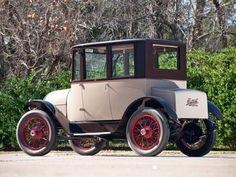1920 Detroit Electric Model-82