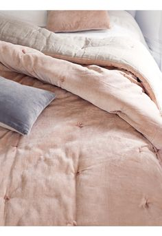 Velvet & Linen Kingsize Quilt - Blush - Bedroom Accessories - Bed & Bath - Indoor Living