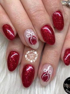 Christmas Present Nails, Christmas Gel Nails, Christmas Nail Designs, Pink Nail Art, Christmas Nail Art, Holiday Nails, Cute Nails, Pretty Nails, Almond Acrylic Nails