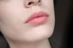 IsaDora Twist-Up Matt Lips in Bare 'N Beautiful