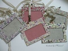 IDケース(保護者ケース)の作り方   ハンドメイドのコツや作り方を伝授します~Himawari* Scrap Fabric Projects, Quilting Projects, Sewing Projects, Fabric Boxes, Fabric Scraps, Pouch Tutorial, Id Wallet, Quilted Bag, Sewing Toys