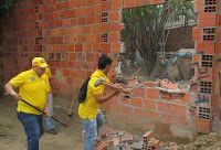 Noticias de Cúcuta: DESMANTELAN EXPENDIO DE DROGAS EN EL BARRIO CAOBOS...