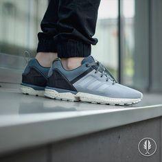 """Adidas ZX Flux Split"" Clear Onix   Now Live @afewstore   @adidas @adidas_de @adidasoriginals @adidas_gallery @teamtrefoil #adidas #zxflux #clearonix #solecollector #kicksonfire #sneakercollection #sneakerheads #sneaker #womft #sneakersmag #wdywt #sneakerfreaker #sneakersaddict #shoeporn #nicekicks #complexkicks #igsneakercommunity #walklikeus #peepmysneaks #igsneakers #kicksology #smyfh #kickstagram #trustedkicks #solenation #todayskicks #kotd"