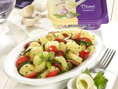 Lauwarmer Arla Kærgården Knoblauch-Kartoffelsalat ist ein Rezept mit frischen Zutaten aus der Kategorie sättigender Salat. Probieren Sie dieses und weitere Rezepte von EAT SMARTER!