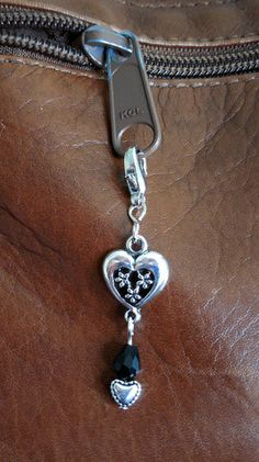 Small Hearts and Black Crystal Zipper Charm – robinharley.net offers FREE SHIPPING in the United States and Canada $10.95