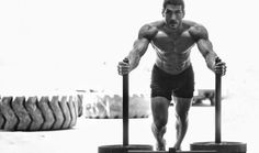 Crossfit to obecnie jeden z popularniejszych treningów na świecie. Dzięki ćwiczeniom siłowo-wytrzymałościowym można zbudować ogólną sprawność fizyczną. Oto kilka zestawów obwodowych ćwiczeń w treningu crossfit.