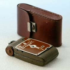 UNIVEX model AF 1935 Brown with Original Leather Case by Neuetique, €130.00