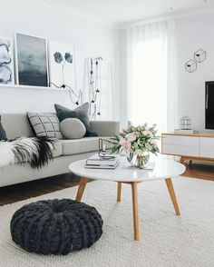 One of the comfy and attractive living room layouts is a Scandinavian living room. Scandinavian living room designs have numerous models. One of them is the Scandinavian living room minimalist. Scandinavian Interior Design, Interior Modern, Scandinavian Rugs, Interior Ideas, Scandinavian Apartment, Scandinavian Style Fashion, Scandinavian Architecture, Interior Inspiration, Interior Design Themes