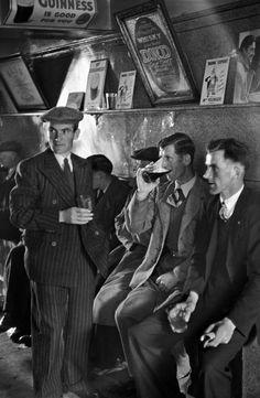Magnum Photos - Henri Cartier-Bresson, Ireland, 1952