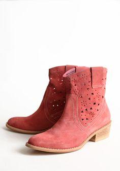 Peach Cutout Boots #western