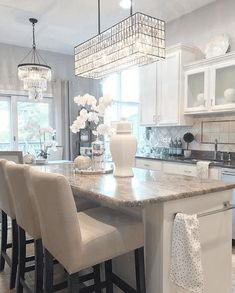 unique kitchen lighting ideas for your wonderful kitchen 5 ~ mantulgan.me unique kitchen lighting ideas for. Farmhouse Style Kitchen, Modern Farmhouse Kitchens, Home Decor Kitchen, Interior Design Kitchen, Kitchen Ideas, Kitchen Inspiration, Diy Kitchen, Kitchen Layout, Awesome Kitchen