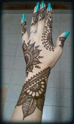 Mehndi Henna designs http;