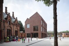 BE, Brugge, Primary School, 'de Springplank'. Architect Tom Thys with Carton123 architects, 2009.