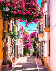 Photo via via Marbella Old Town, Places To Travel, Places To Go, Menorca, Places In Spain, Spain And Portugal, Spain Travel, Photos Du, Ibiza