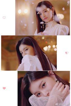 Kpop Girl Groups, Korean Girl Groups, Kpop Girls, Cute Korean Girl, South Korean Girls, Ulzzang Korea, Yuehua Entertainment, Twice, Music Wallpaper