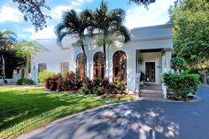 662 Glenridge Front #KeyBiscayne - Key Biscayne Charming Home!
