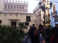 Pere Compte, arquitecto de la Lonja de los mercaderes (edificio del fondo) fue uno de los fundadores del gremio de canteros. #CaminsGremials