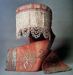 Russian embroidery and lace - early 19th Century Kokoshnik