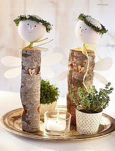 kaminholz figuren basteln - Google-Suche Christmas Crafts, Christmas Decorations, Table Decorations, Decor Crafts, Fun Crafts, Wood Angel, Wooden Crafts, Handicraft, Art Dolls