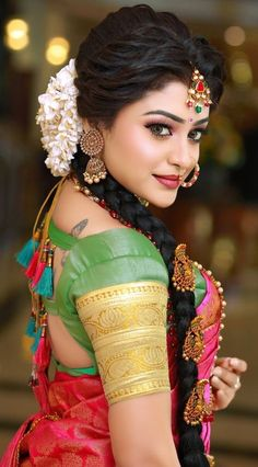 Stylish Wedding Hairstyle Ideas For Indian Bride - Indian Fashion Ideas<br> South Indian Makeup, Indian Wedding Makeup, Indian Bridal Fashion, Bengali Bridal Makeup, Beautiful Girl Indian, Beautiful Indian Actress, South Indian Actress, Beautiful Saree, Beautiful Bride