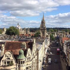 The view from the top of the High Street. Oxford boasts some spectacular vistas - from the top of Carfax tower you can see Lincoln College library, the spire of the University Church of St Mary the Virgin and the iconic Radcliffe Camera. Thanks @archipine for letting us use this beautiful shot. #architecture #history #building #sunny