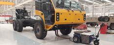 M11 Zallys, ručne vedený ťahač určený pre sťahovanie ťažkých bremien vo výrobných závodoch a v logistických centrách. Magnetická brzda elektromotora proti náhodnému pošmyknutiu, prevod ozubenými kolesami. Rôzne druhy ťažného zariadenia. Rýchlosť – 5 km/h; Ťažná kapacita až 15 000 kg; Nosnosť vozíka 500kg; Sklon 15°. Vyrobené v Taliansku. Monster Trucks, Vehicles, Car, Vehicle, Tools