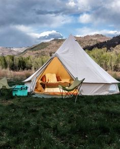 The Original Stout Bell Tent with single and double wall options. There is no question, Stout Tents are the highest quality glamping tent on the market. Camping 3, Camping Hacks, Luxury Camping, Camping Cabins, Family Camping, Camping Cooking, Camping Trailers, Camping Stuff, Camping Outdoors