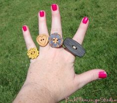 Adorable DIY button Rings!