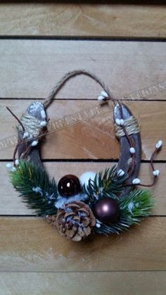 For the door Rustic Christmas Crafts, Western Christmas, Homemade Christmas Gifts, Outdoor Christmas Decorations, Christmas Centerpieces, Christmas Projects, Christmas Fun, Holiday Crafts, Christmas Ornaments