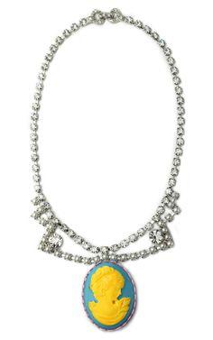 Totally fabulous Tom Binns neon Cameo necklace with Swarovski crystals. Cameo Jewelry, Cameo Necklace, Pendant Necklace, Rhinestone Necklace, Jewelry Box, Pearl Necklace, Jewelry Necklaces, Tom Binns, Bracelets
