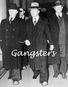 In the USA Gangsters of the 1930's were the style icons of the decade, and the 'Broadway Suit' was invented by New York tailors, a double breasted suit jacket with wide lapels and thick chalk stripe, a style that was worn by infamous criminals such as John Dillinger .