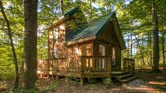 House and Land, off grid Log Cabin for Sale 151 acres, fishing lake KY - bluegrassteam Log Cabins For Sale, Cabins And Cottages, Cabins In The Woods, House In The Woods, House In The Forest, Forest Home, Forest Cabin, Cottage In The Woods, Tiny House Cabin