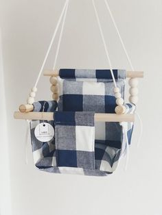 Outdoor baby swing blue plaid fabric baby shower gift Source by oneradianthome Baby Toys, Baby Baby, Baby Shower Gifts, Baby Gifts, First Birthday Gifts, Baby Birthday, Outdoor Baby, Shower Bebe, Baby Sewing