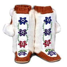 Without the Pom-poms and different flowers! Rosa Scribe Mukluk 3 (Norway House Cree Nation) Made with Cow hide, rabbit fur, and beads - Shown at Manitobah Mukluks Native Indian, Native Art, Native American Indians, Beaded Moccasins, Soft Spoken, Native Design, Nativity Crafts, Native Beadwork, Native Style
