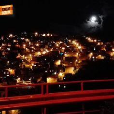 Noches de luna llena sobre Bucaramanga, gracias Arley Barrios (facebook.com/arley.barriosportilla) por compartirla #nochesBUC
